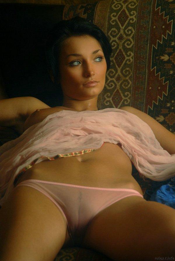 porno-foto-golaya-anna-veremchuk