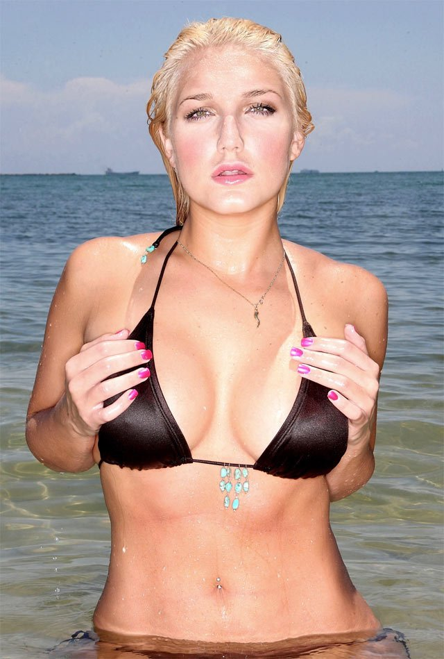 Brooke Hogan (8 фото)