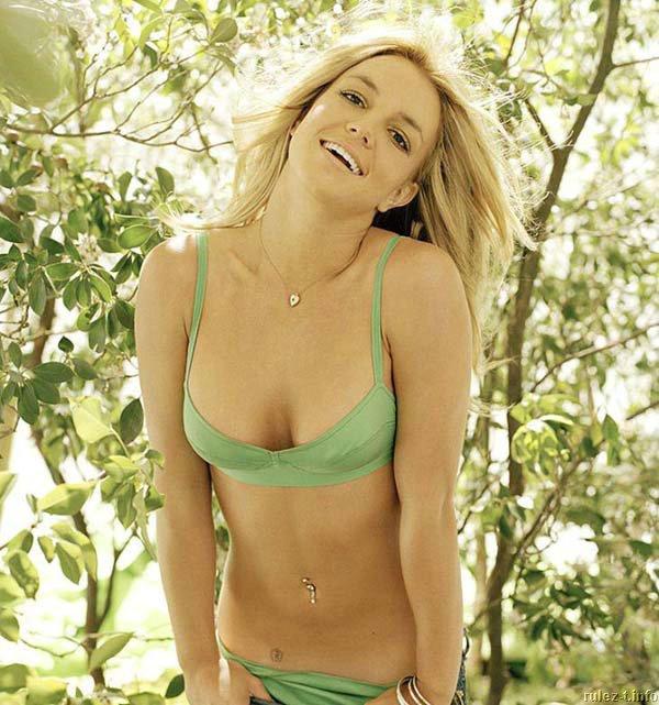 Бритни Спирс (Britney Spears) в фотосессии Эндрю Экклса (Andrew Eccles) для