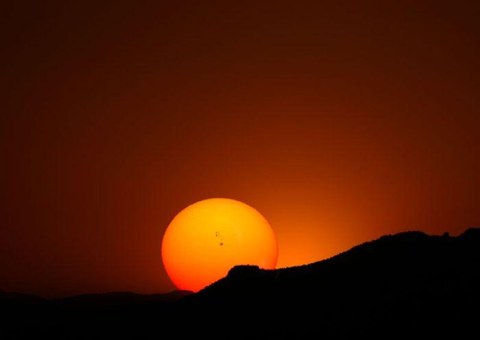 Солнце...