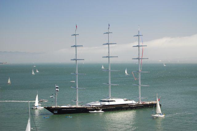 Яхта за 100 млн. долларов