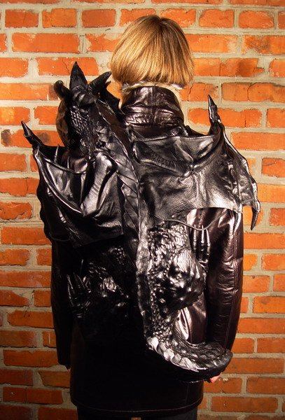Может это и модно, но реально страшно, такого увидишь вечером и все...