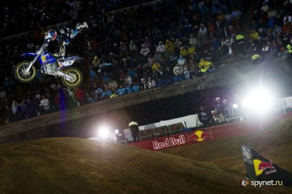 Red Bull X-FIGHTERS 2010