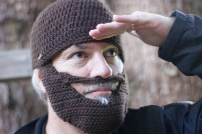 Бородатая шапка.
