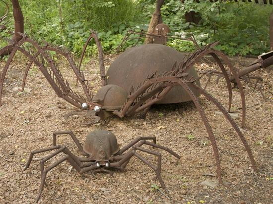 Как сделать паука из металла своими руками