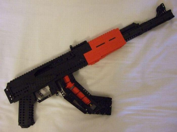 Оружие из Lego