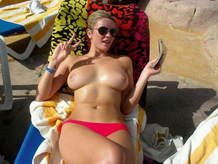 все, кому голые русские девушки в турции суть том