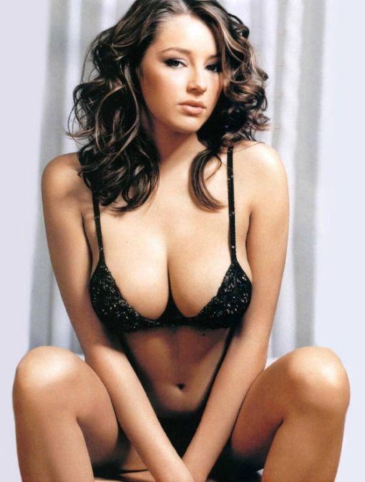 Фото женщин с красивой грудью