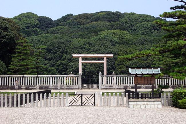 Самая большая гробница в мире