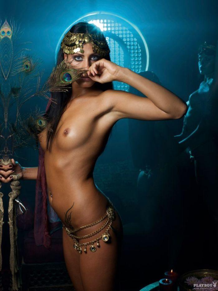 Картинки арабских голых девушек