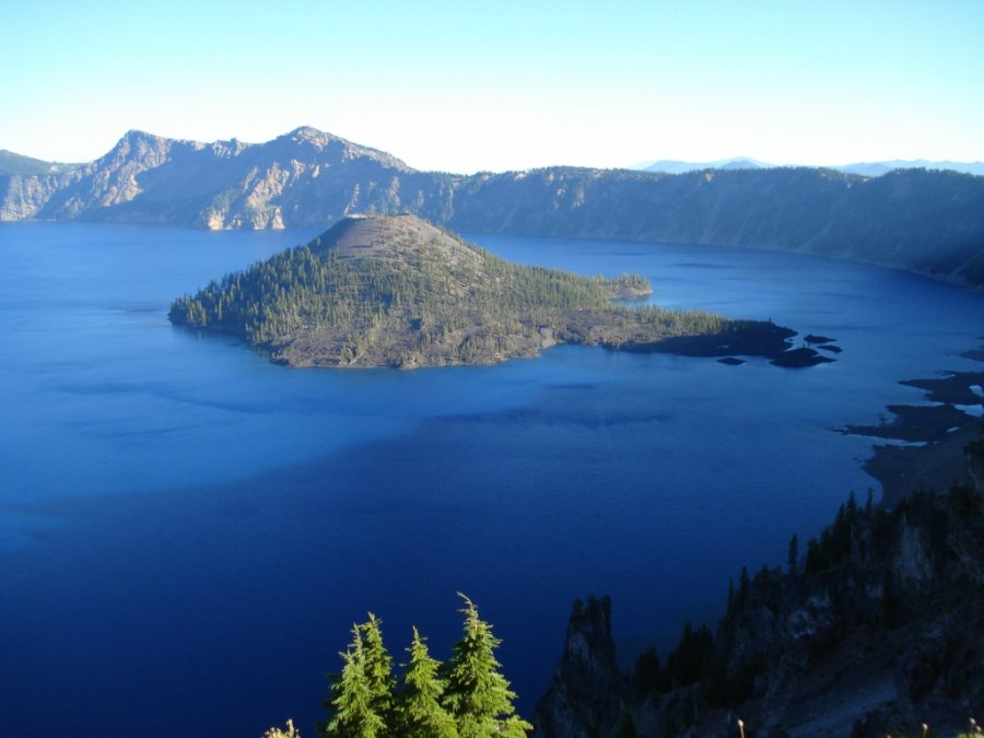 Озеро Крейтер — кратерное озеро в США, штат Орегон
