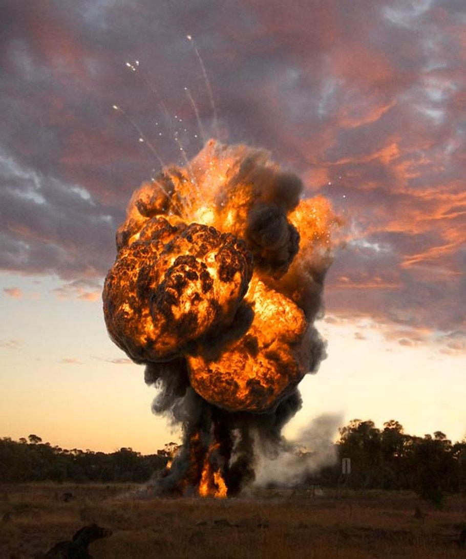 Годовщина, смешные картинки про взрывы