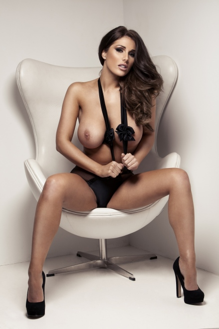 Lucy Pinder (18+)