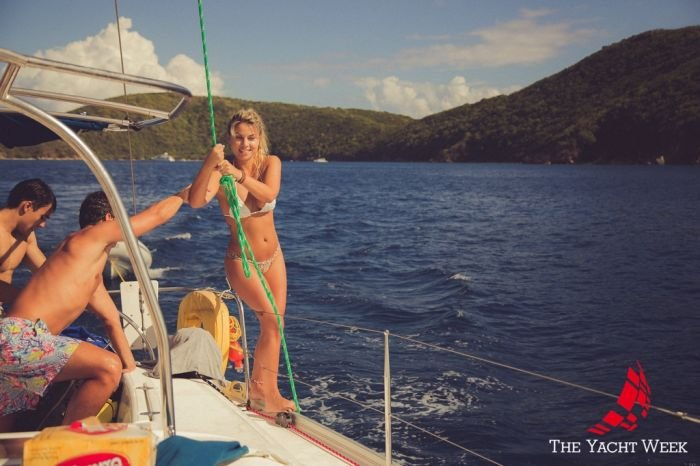 Яхты и девушки