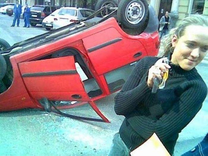 avarii-s-devushkami-za-rulem