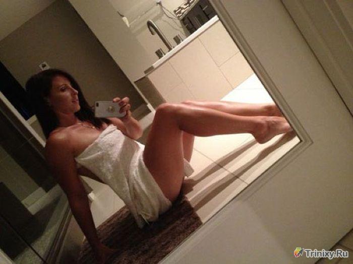 Селфи малышки с красивой грудью в ванной  511249