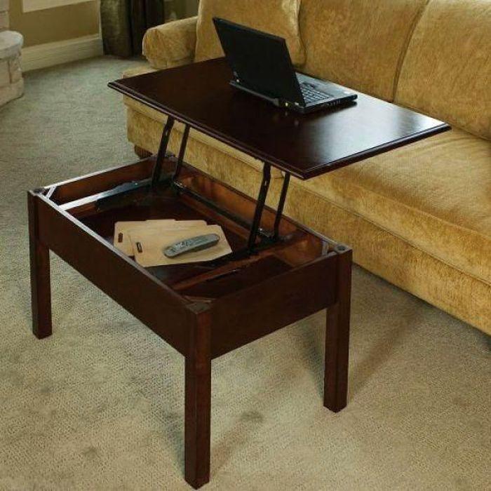 Журнальный столик с диванами без смс