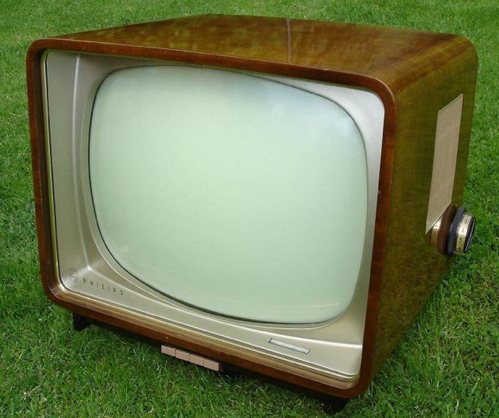 любящий картинки телевизоры советского союза разные ливны