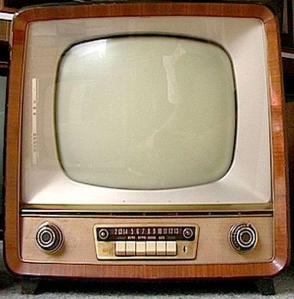 картинки телевизоры советского союза разные играют