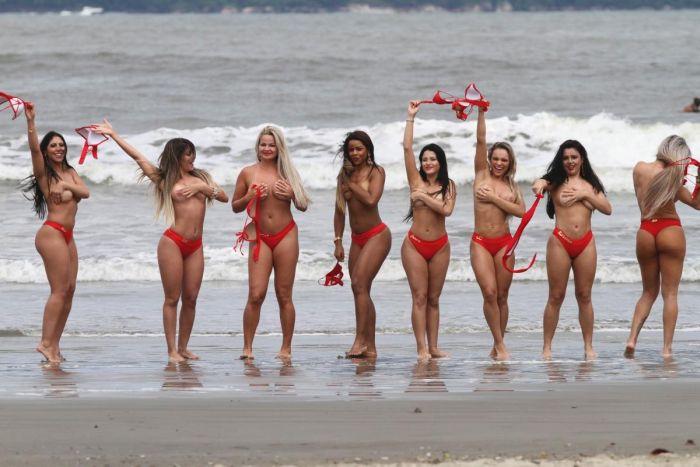 Финалистки конкурса «Мисс Бразильские ягодицы 2014»