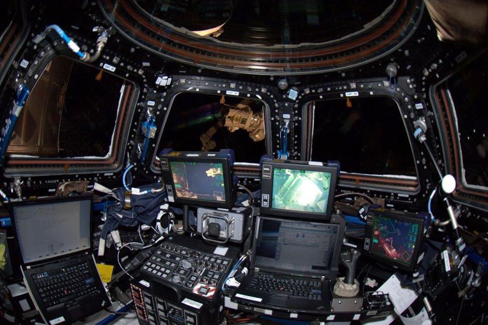 Картинки космическая станция внутри