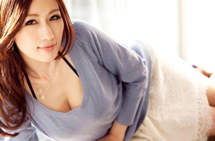 В Китае лучшего сотрудника компании Qihoo 360 наградят ночью с порнозвездой (18+)