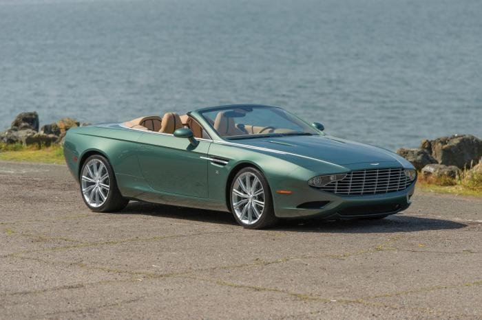 ������������ � ���� ��������� Aston Martin DB9 �� Zagatto (15 ����)