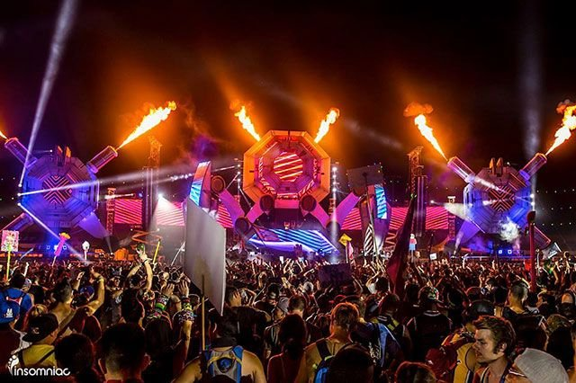 ELECTRIC DAISY CARNIVAL в ЛАС-ВЕГАСЕ (28 фото)