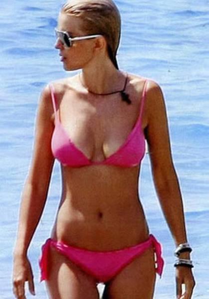 Привлекательный член греческого парламента - Елена Рапти