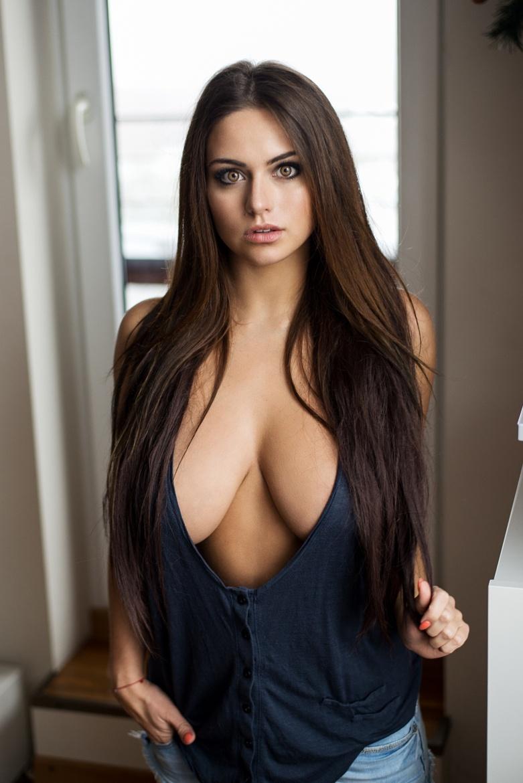 порно фото девушек с глубоким декольте женщины сильно