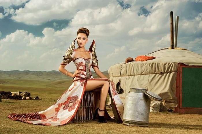 Девушки из монгольских городов и сел