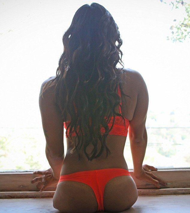 Канья Сессер – девушка без ног, ставшая спортсменкой и моделью
