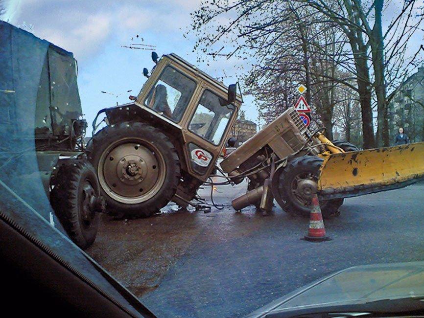 Картинки приколы с тракторами
