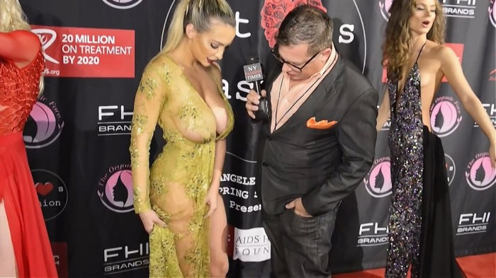 ������ Playboy ������ ����� � ����������� ������ �� ������ ������ Art Hearts FW Red Carpet