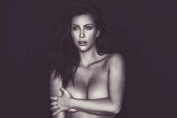 Ким Кардашьян написала эссе о праве быть сексуальной