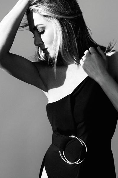 Дженнифер Энистон снялась в фотосессии