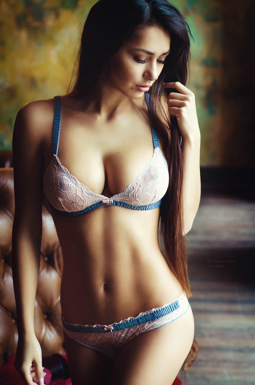Самые красивые девушки мира с самой красивой грудью 9 фотография