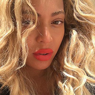 Селена Гомес - новый лидер Instagram по количеству подписчиков