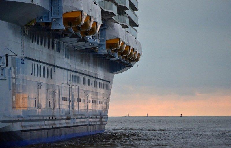 Крупнейший в мире круизный лайнер готов к первому путешествию