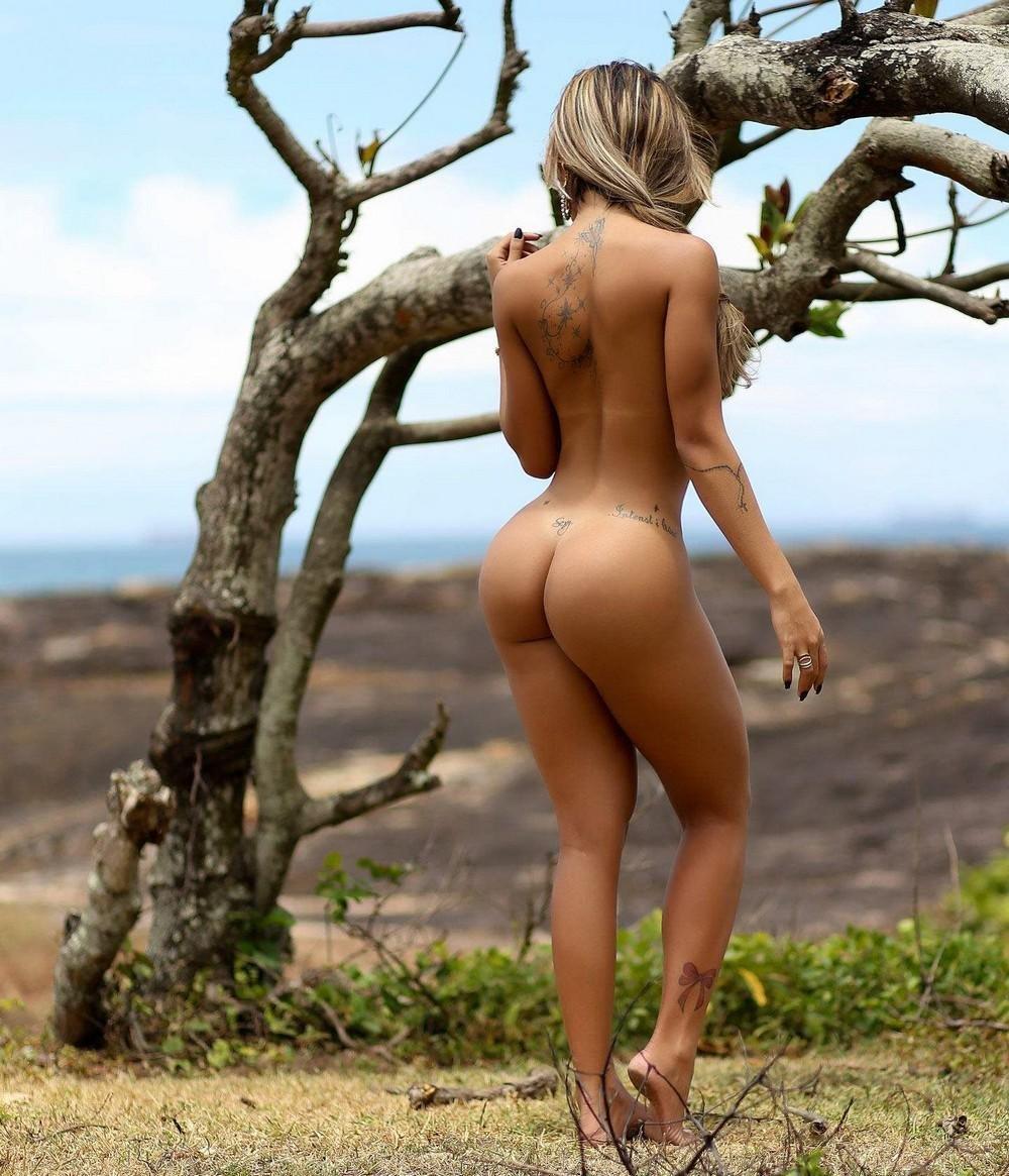 трахнул девушку голые попки на пляжах бразилии ваших