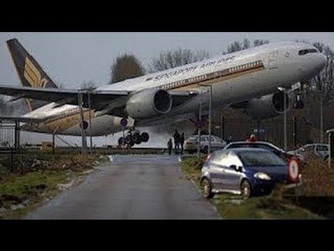 Пилот решает не приземляться. Жесткое касание.