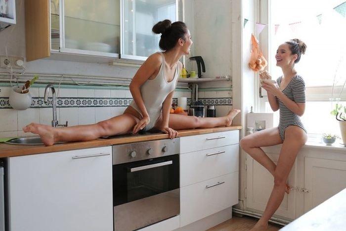 муж и жена в жопу на кухне