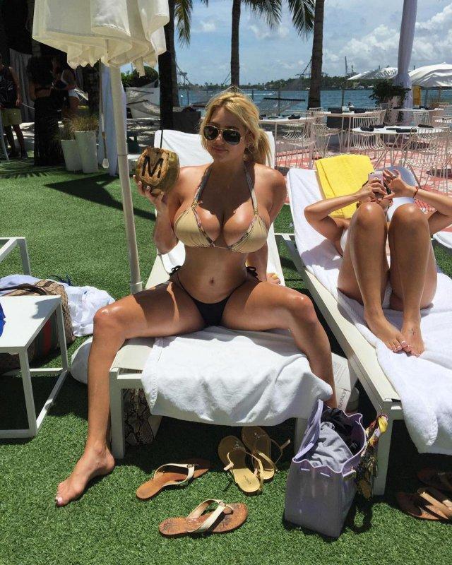 Модель из Майами Aubreylynnb, стремительно набирает подписчиков в Инстаграмм
