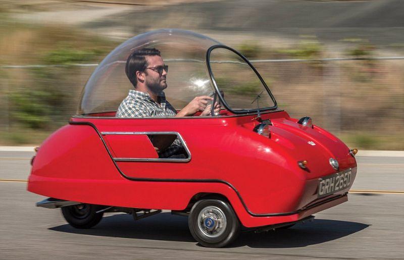 Трёхколёсный микромобиль за сто тысяч долларов