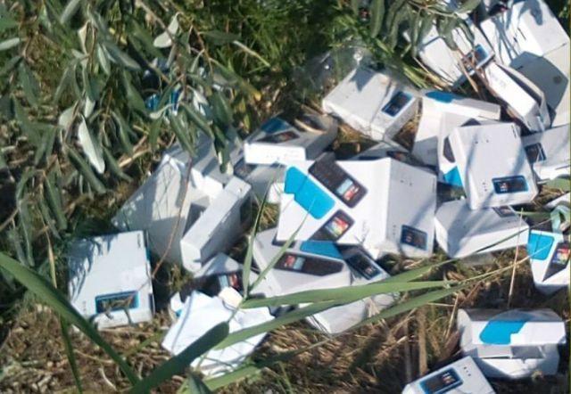 Под Ростовом-на-Дону найдена гора коробок от украденных мобильников