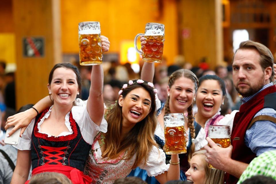 Фестиваль пива Октоберфест 2017 стартовал в Мюнхене