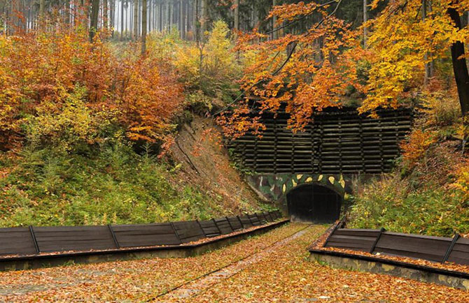 Экскурсия в секретный подземный город Гитлера