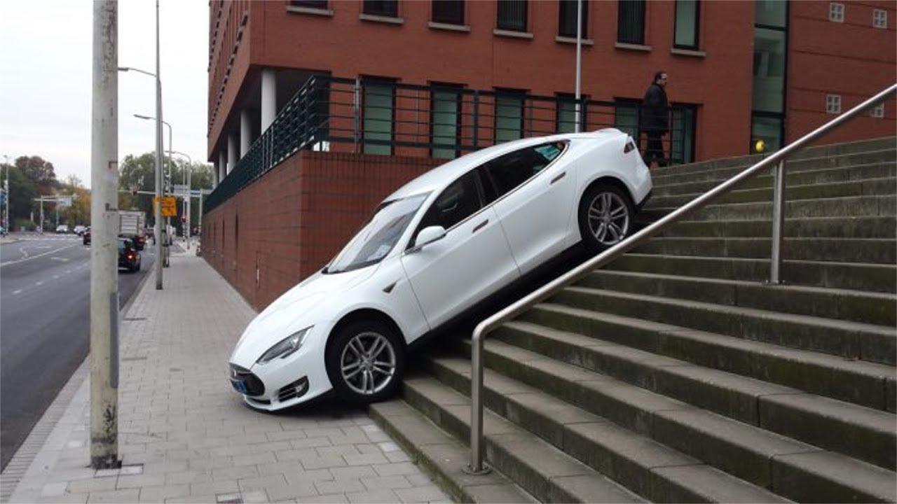 Курьёзные случаи на автомобиле Tesla