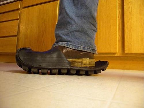 Креативная обувь (24 фото)