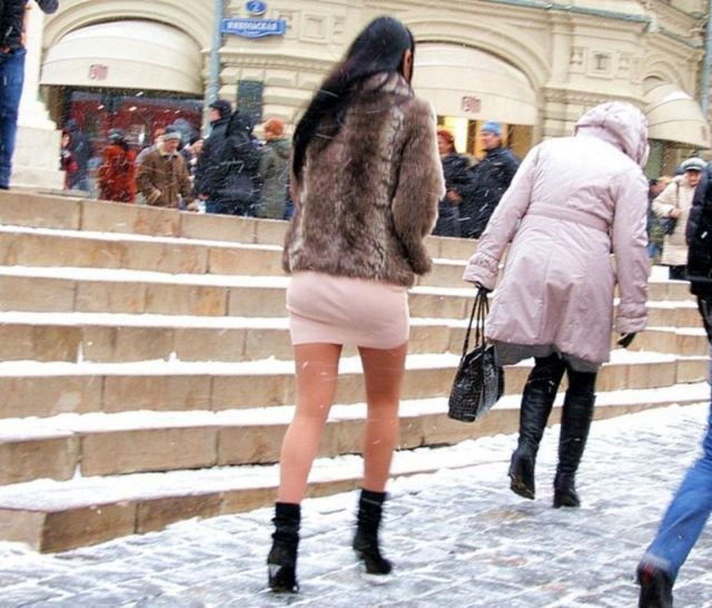 Ножки Женщин В Зимней Одежде Фото Видео
